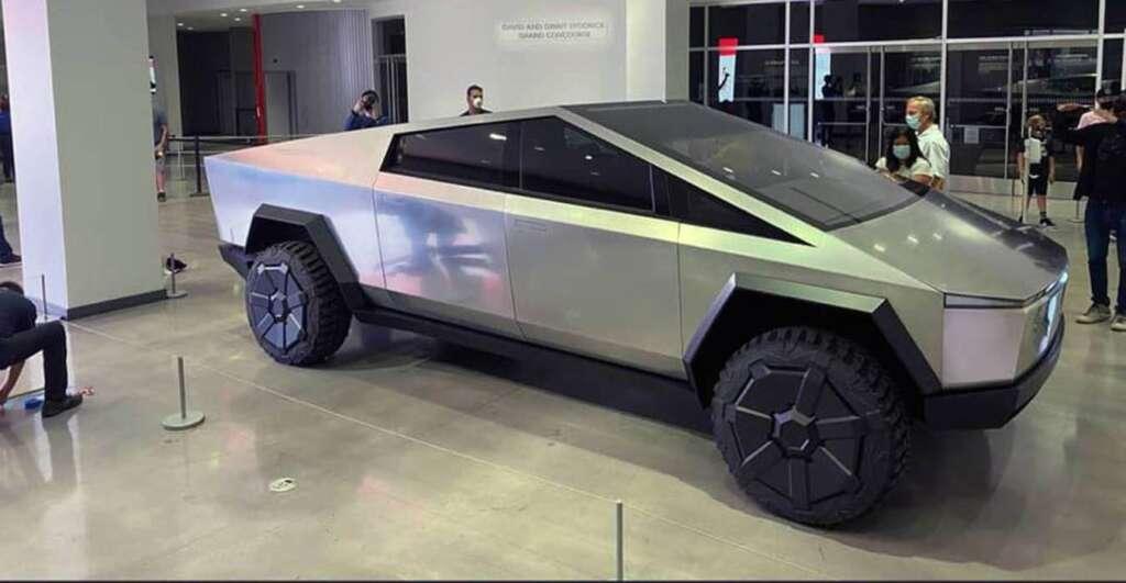 Il Cybertruck costa poco a Tesla