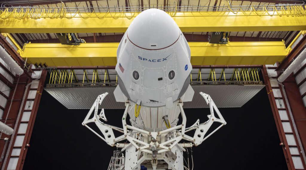 SpaceX rivoluziona il viaggio spaziale crew dragon
