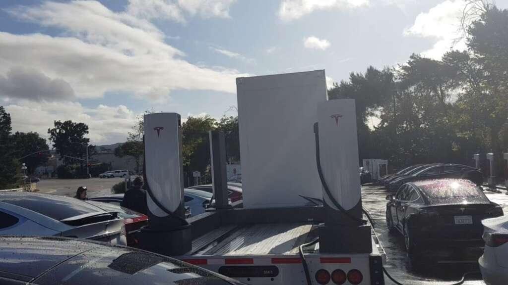 arriva il supercharger prefabbricato, colonnine mobili con megapack