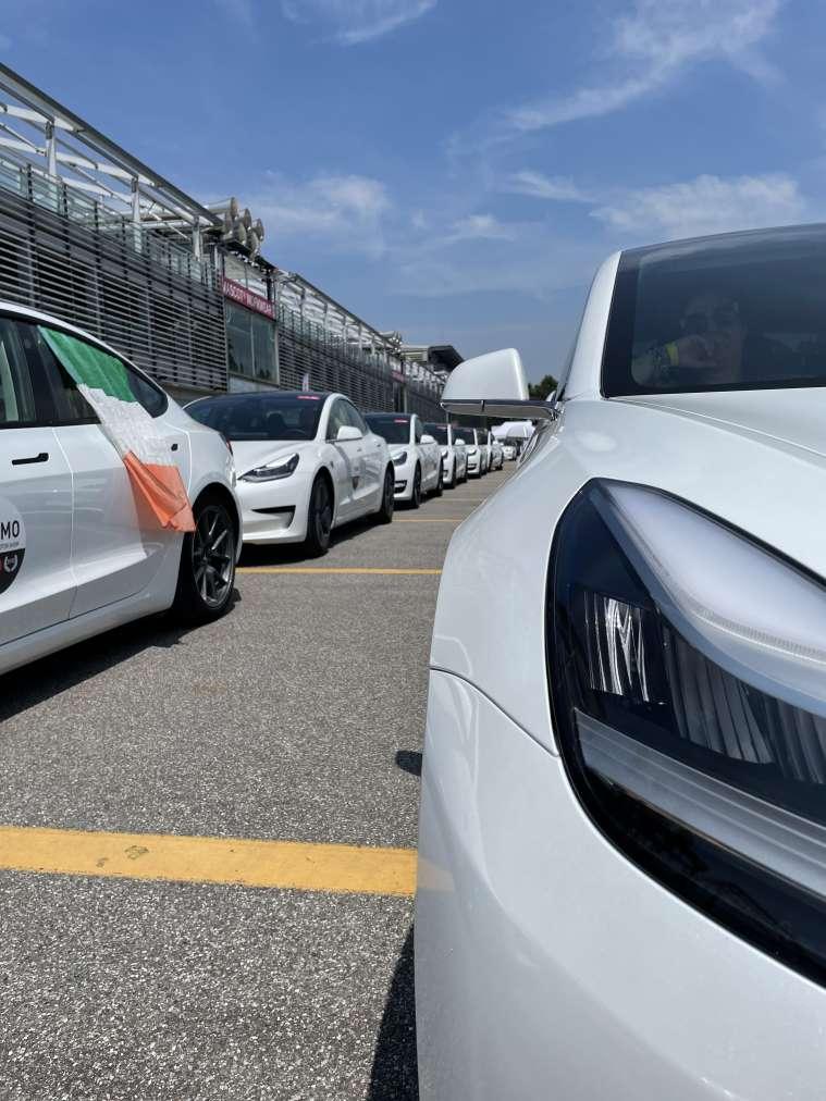 L'ingresso nell'autodromo di Monza al Tesla Revolution 2021