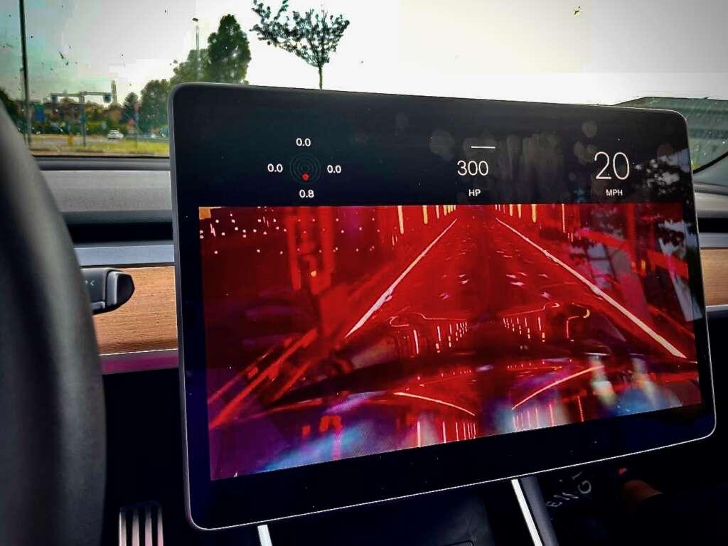 nuova model s in auto